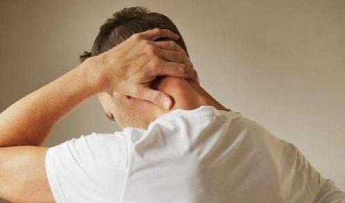 Panduan Singkat untuk Sakit Kepala Migrain kafein dan menghindari makanan tertentu